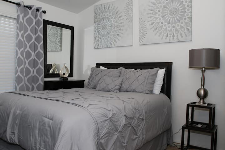 Comfort at its Best..1 of 2 bedrooms Queen Bed..