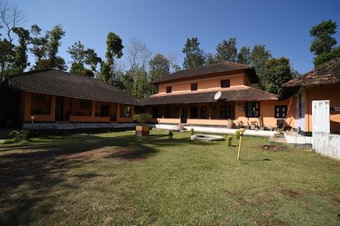 Wayanad Orange Villa, Tholpetty