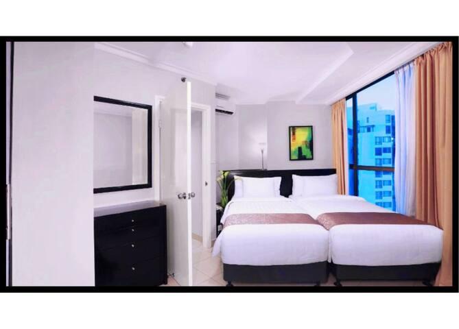 Aston Rasuna Hotel2