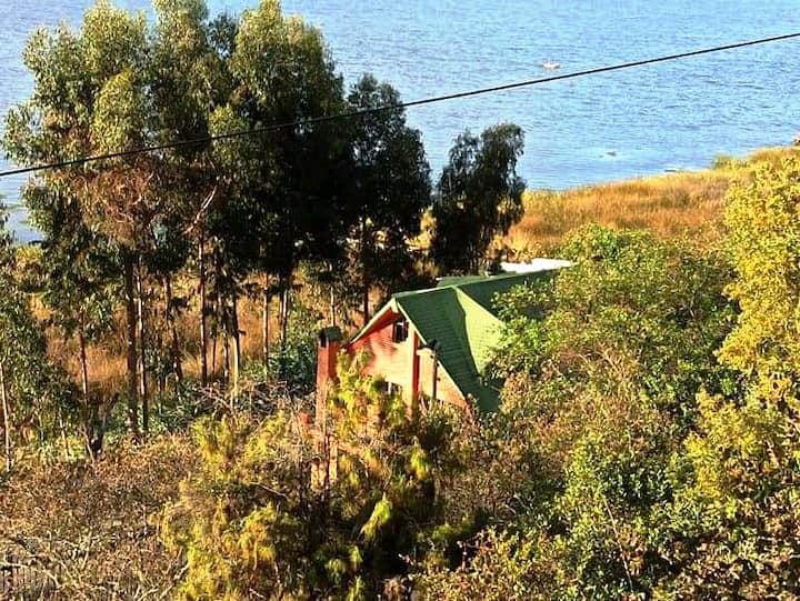 hospedaje familiar frente al hermoso lago de tota!
