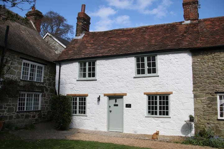 Corner Cottage - Shaftesbury - Дом