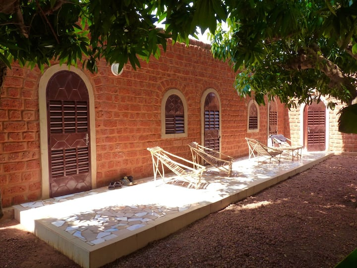 Villa atypique en voûtes nubiennes