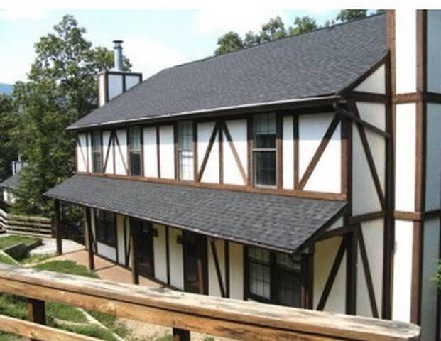 Mountain Retreat Townhouse