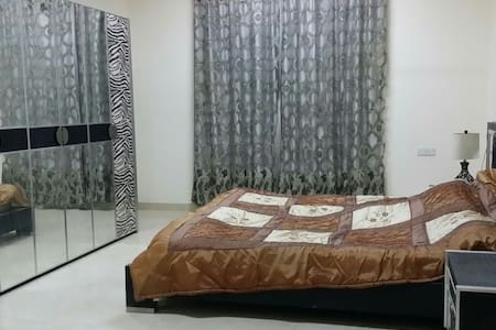 Master bedroom with private WC - Seeb, Almawalih S phase 1