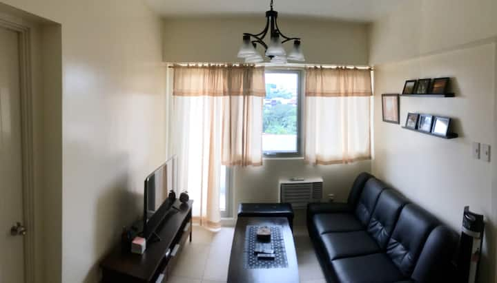1BR fully furnished condo w/ parking and wifi