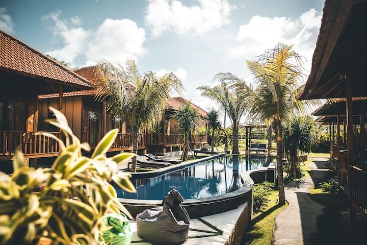 Private Bungalow/ Uluwatu, Bali