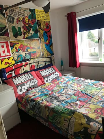 Marvel Mad Double Room