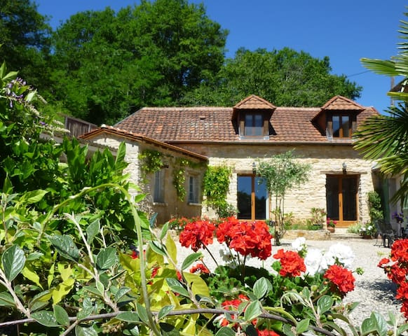 Mirabelle Cottage - Hautefort - House