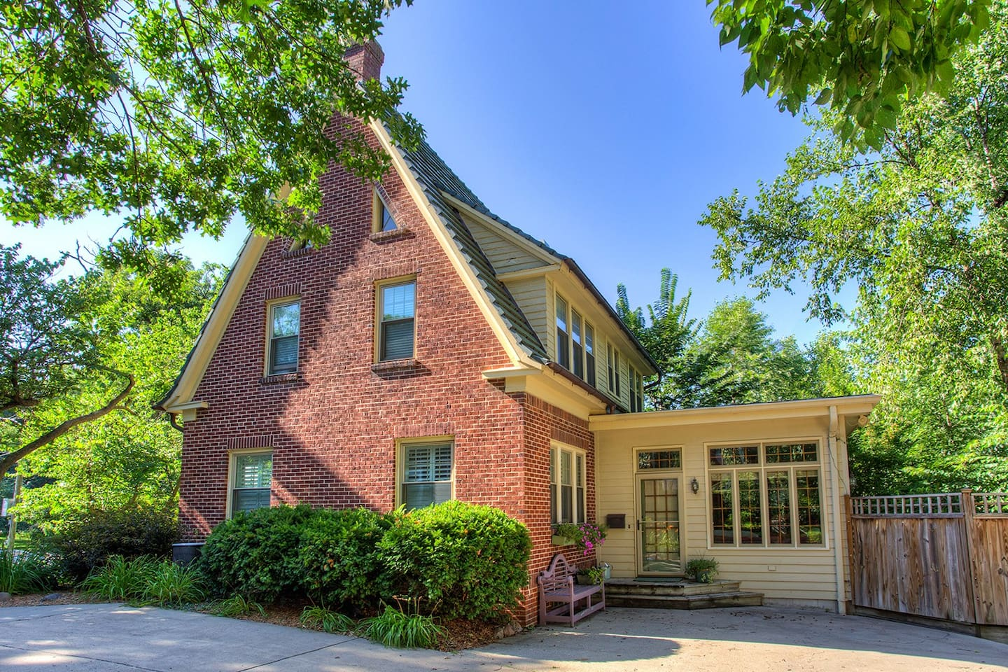 cozy home in historic westwood hood houses for rent in des moines