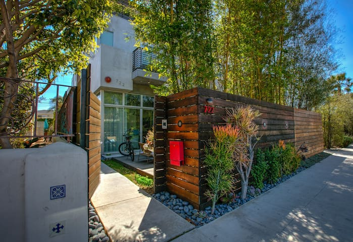 Relaxing Studio Near Venice Beach - Los Angeles - Bungalow