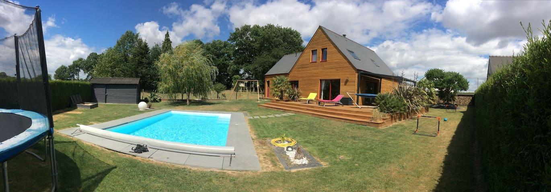 Magnifique villa en bois avec piscine