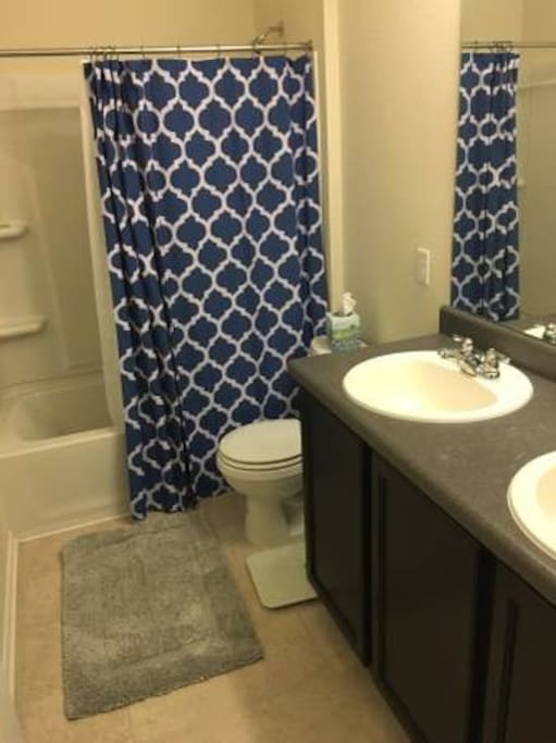 Bathroom for bedrooms 2 and 3