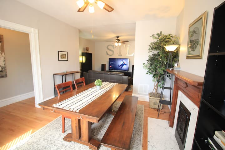 Central West End Duplex- 3 Bedroom and Backyard!