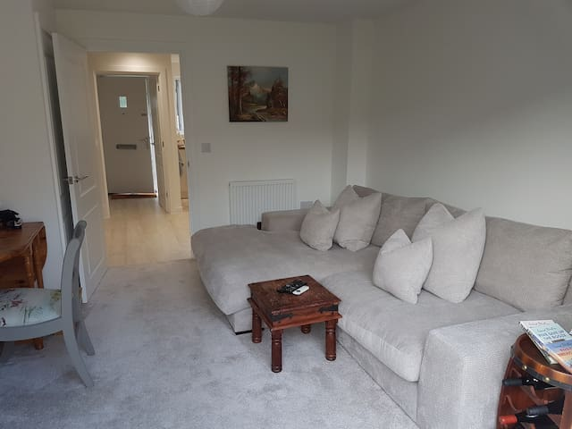 Two Bed House in Overton