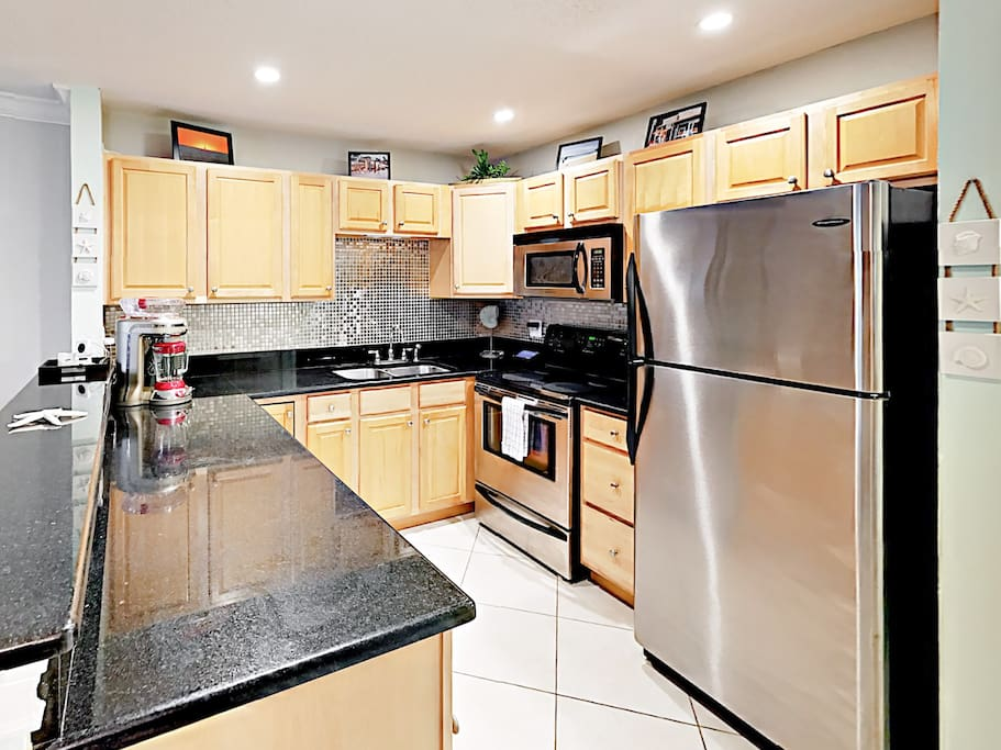 Fuel up in the updated kitchen with stainless steel appliances.