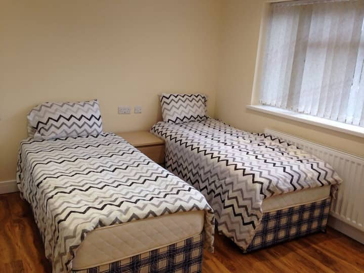 Fully Furnished En-suite Bedroom with Free Wifi