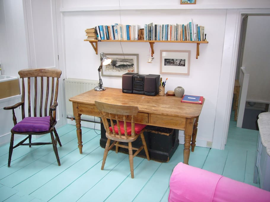 Writing desk in sitting room.