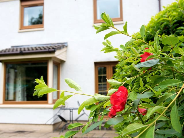 Holiday House Affric in Perth