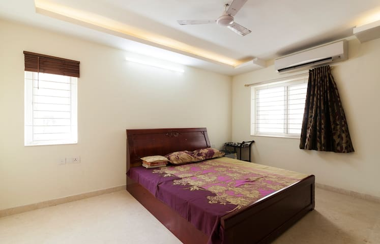 Self Catering Furnished Guest House Villa Chennai - Chennai - Villa