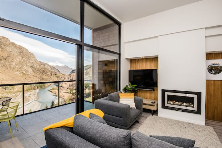 Shotover Riverside Penthouse Apartment 23