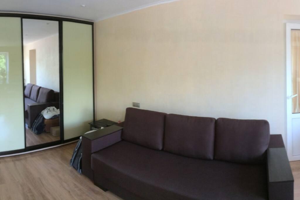Комната, вид из кухни