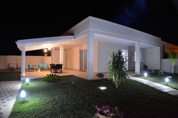 Wonderful Beach House, lovely area