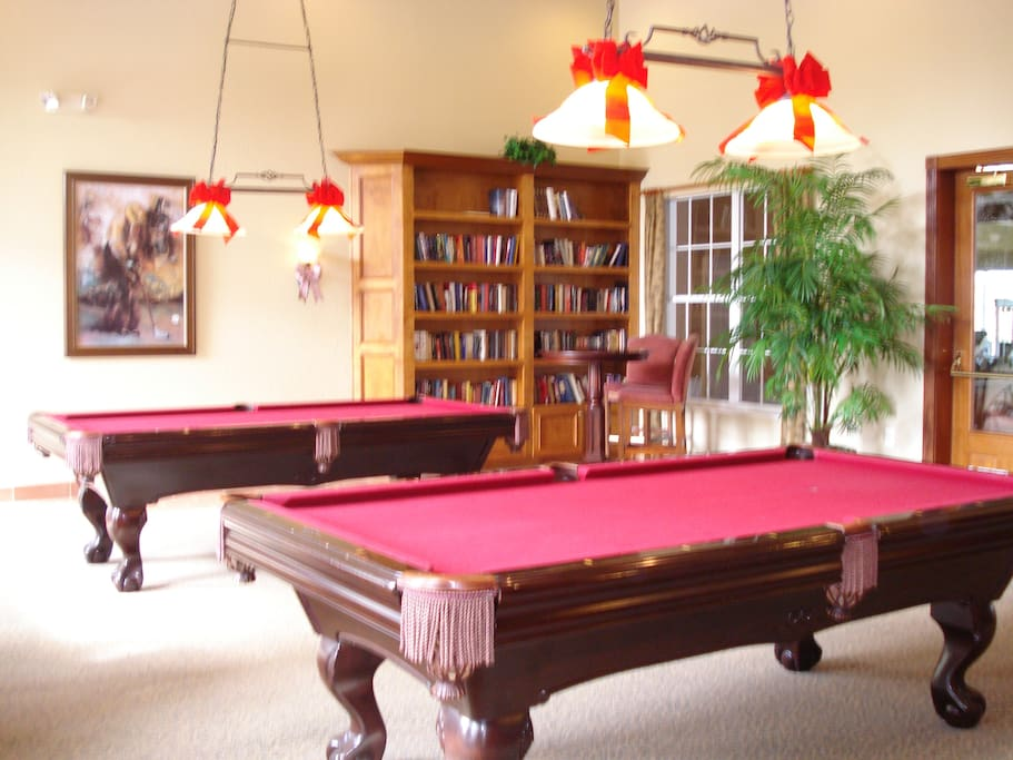 Club House Lounge Area - Pool Tables & Reading Area