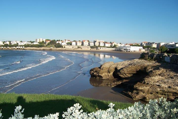 Charmant appartement avec jardin, plages à pieds