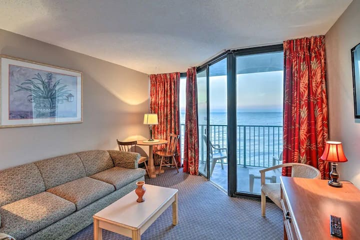 Resort Setting Awesome View OCEANFRONT 1BR 8th flr
