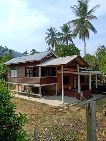 Karim's Cottage House