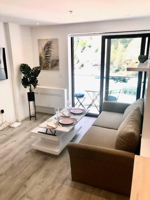 Brand new cosy Studio apartment in great location