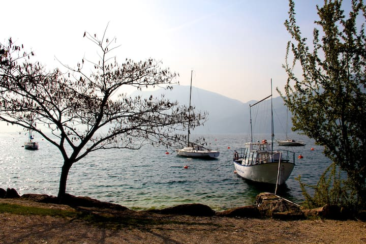 Just few meters from the lake - Brenzone sul Garda - Appartamento