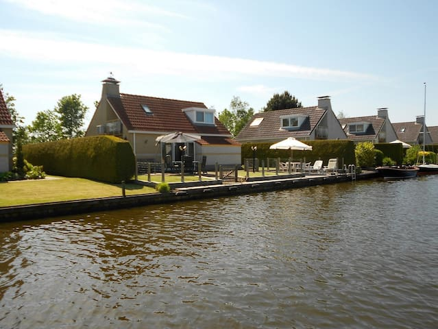 Luxe bungalows Slotermeer, Balk, Friesland - Balk - Maison