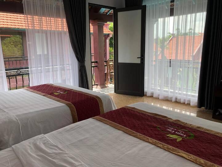 Quadruple Room with Balcony - Tam Coc Tea House