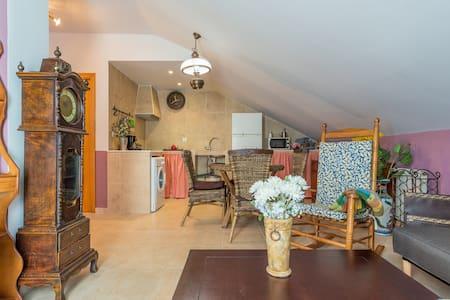 Preciosa  Buhardilla - Numancia de la Sagra - Wohnung