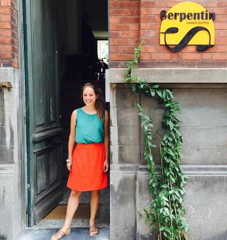 B&B Serpentin - Sultane Triple Room - Ixelles - Bed & Breakfast