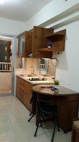 Etnic 2BR in Educity apartment - Surabaya - Apartament