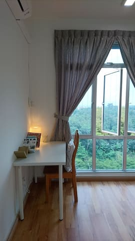 Simple Room + Free Wifi @ Permas Jaya