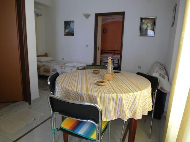 Sitting room - Kitchen