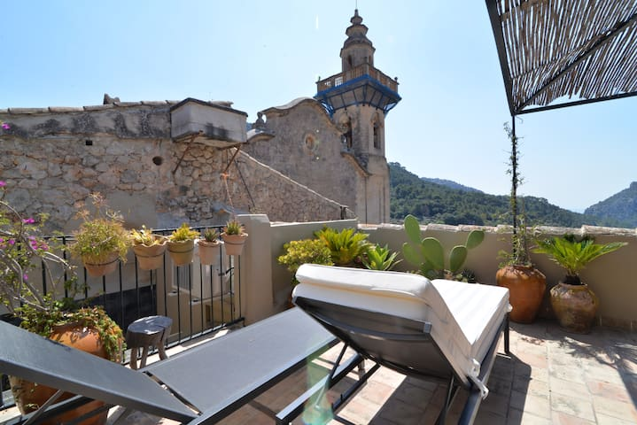 Beautiful house in the heart of Valldemossa