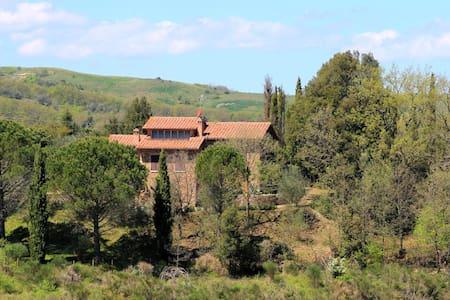 Villa il Poggetto - San Giovanni D'asso - Hus