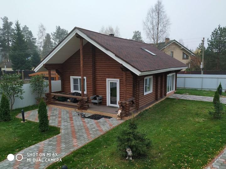 Уютный гостевой дом в зелёном поселке