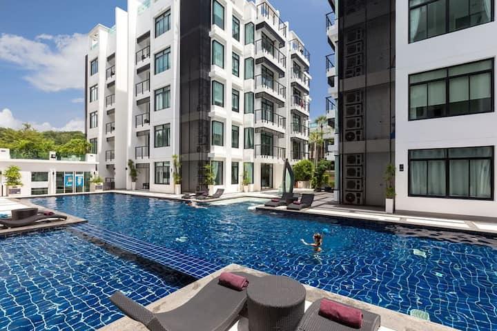 Spacious Kamala Apartment w/2 Pools +Walk to Beach