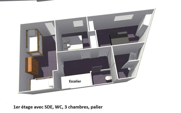 Étage avec chambres, SdB et Wc