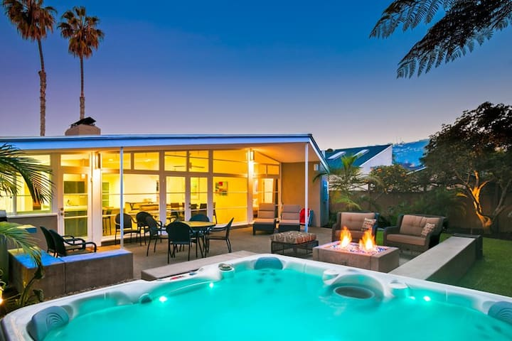 Piece of Paradise in the Shores-luxurious home w/ private yard and hot tub - La Jolla - Dom