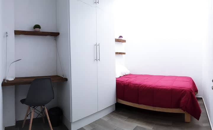 Best Choice 4. Beautiful room with great location