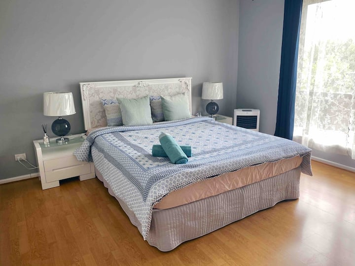 King Bedroom in Spacious Self-Contained Unit