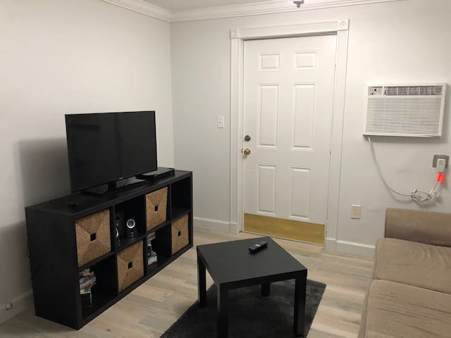 Warm and Cozy Apartment in South Miami/Gables area