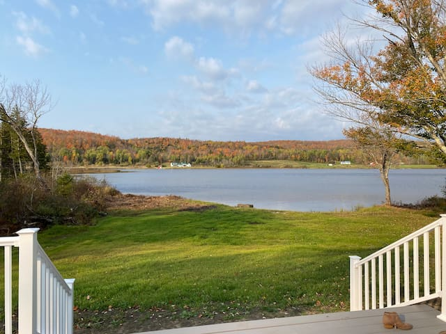 Water's Edge - The perfect Vermont getaway