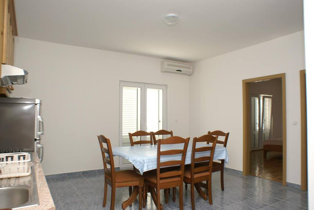 Dining room, Surface: 39 m²